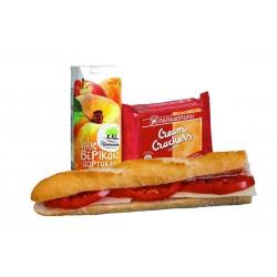 ΜΠΑΓΚΕΤΑ ΠΟΛΥΤΕΛΕΙΑΣ με γαλοπούλα βραστή, τυρί ένταμ και ντομάτα, ΧΥΜΟΣ ΧΡΙΣΤΟΔΟΥΛΟΥ TΡΙΑ ΦΡΟΥΤΑ,  CREAM CRACKERS σίτου